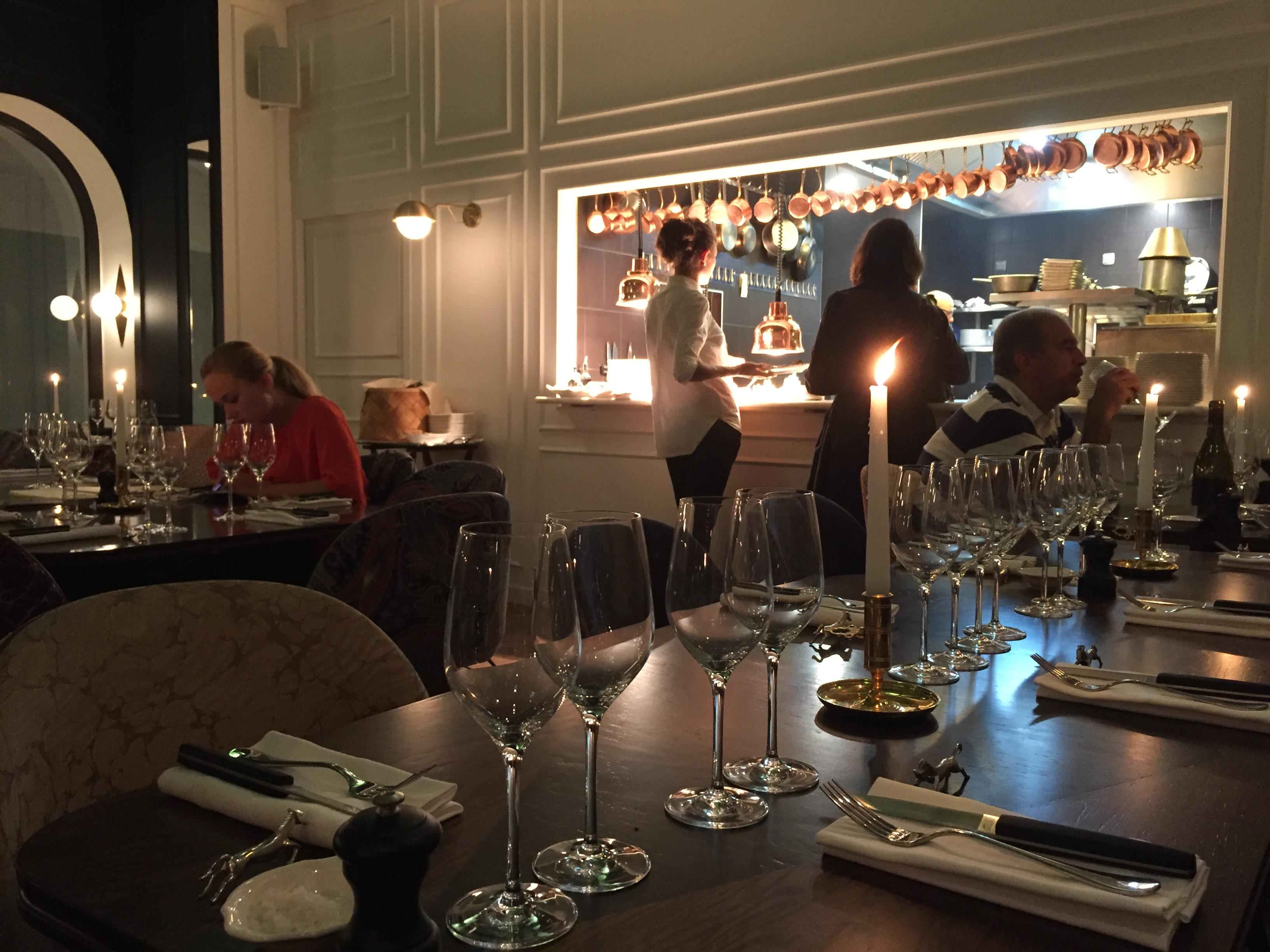 Fancy oli travel addict hotel lover fancy life for Diner entre collegues